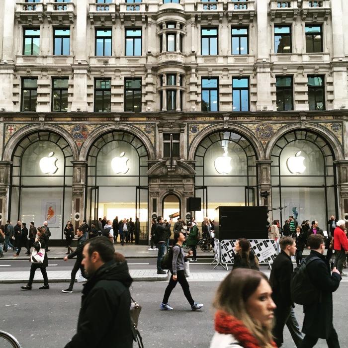 เวลาเหลือ แวบมา Regent Street