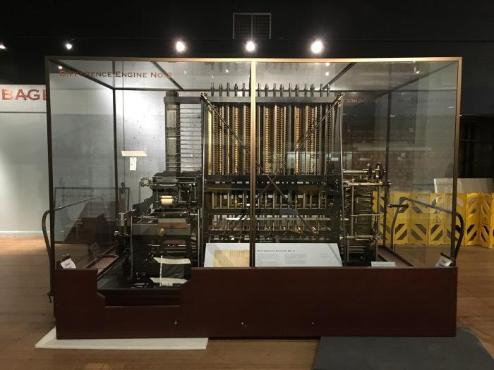 Difference Engine เป็นคอมพิวเตอร์โบราณแบบ mechanical ใช้บวกลบเลขได้