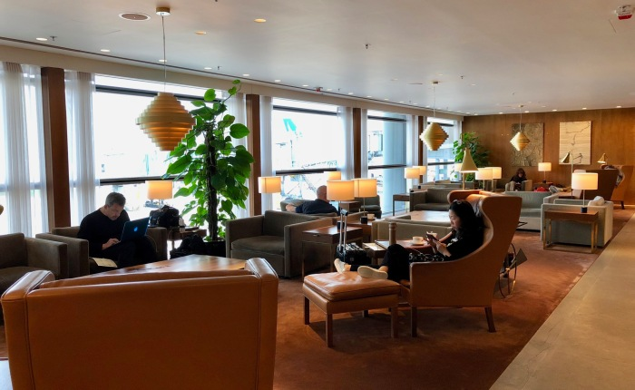 Review: Cathay Pacific 'The Pier, First' LoungeHKG